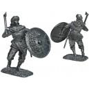 Viking med pälsmössa, kort stridsyxa